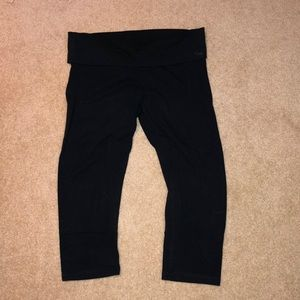 Black Cropped PINK leggings